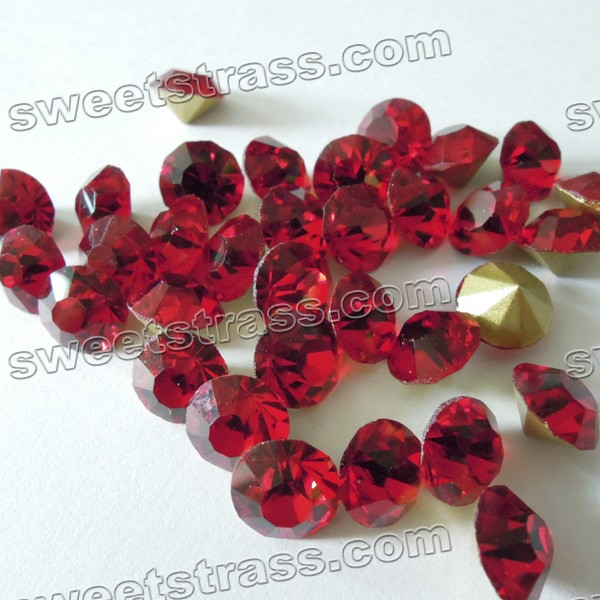 China Pointed Back Rhinestone Chatons Wholesale Siam