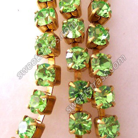 Peridot Glass Rhinestone Cup Chain Wholesale