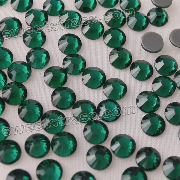 SS6-SS30 Green Emerald Hot Fix Flat Back Crystal Stone For Clothing