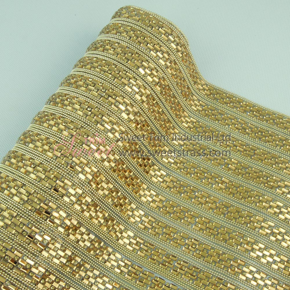 <b>Hotfix Golden Metal Chain Glass Rhinestone Sheet Mesh Wholesale</b>