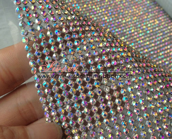 <b>2mm Hotfix Crystal Rhinestone Aluminum Mesh Roll Factory</b>