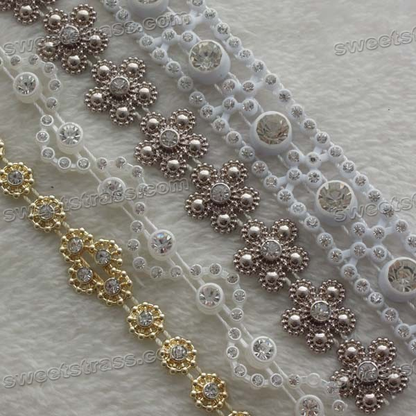 <b>Wholesale Plastic Cheap Rhinestone Trim By The Yard</b>