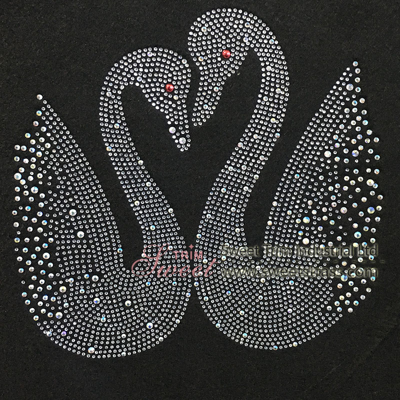 factory direct customize  swan discount fashionable colourful rhinestone transfer accessory 4